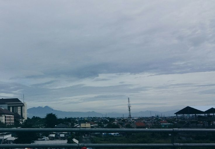 behind of the crowded city has a beautiful view #vsco #bluesky #view #street #explore #visitindonesia