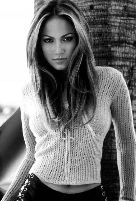 Jennifer Lopez http://sashalovesblog.likes.com/ http://www.sashaebonylove.com www.facebook.com/... twitter.com/...