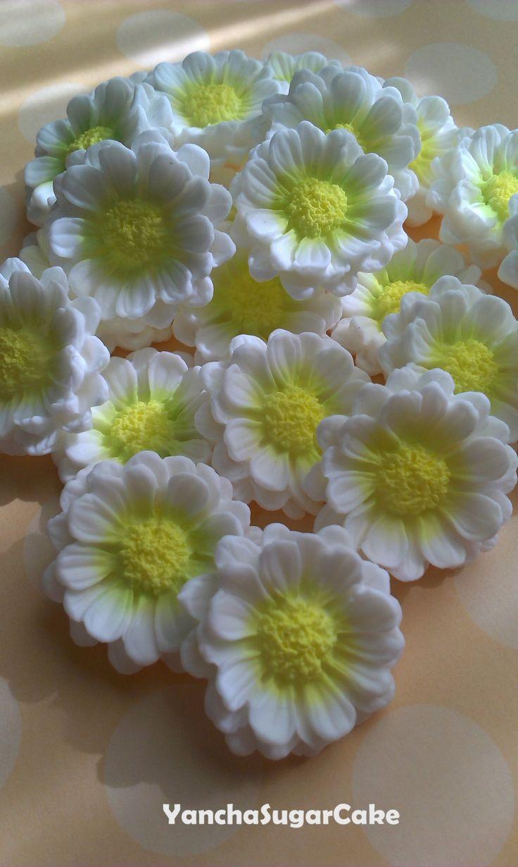 Edible Fondant Daisy Flower set of 12 or 50 pcs, Gumpaste flowers, Wedding, Christening, Baby shower, Spring, Easter, Summer, Cake topper by YanchaSugarCake on Etsy