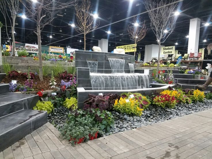 Modern water feature by Colorado Essence Landscapes