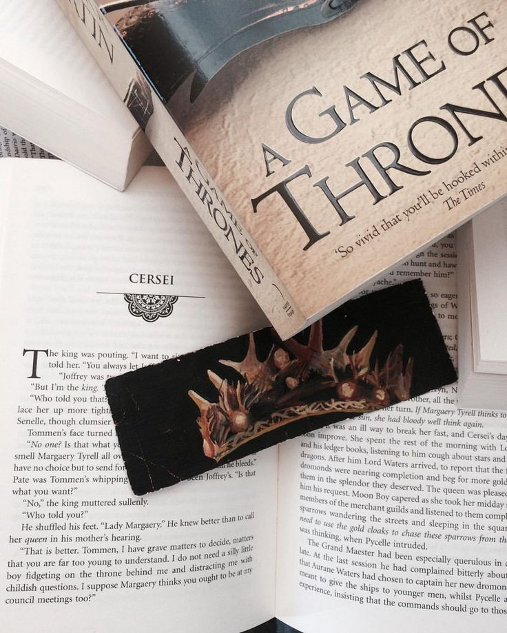 """""""When you play the Game of Thrones, you win or you die.There is no middle ground"""". Only 6 days left for season 6 and I can't even...  #sansathequeeninthenorth #thenorthremembers #house stark #gameofthrones #stormofswords #clashofkings #feastforcrows #adancewithdragons #grrm #cerseilannister #houselannister #books #booktag #bookporn #bibliophile #pages #photography"""