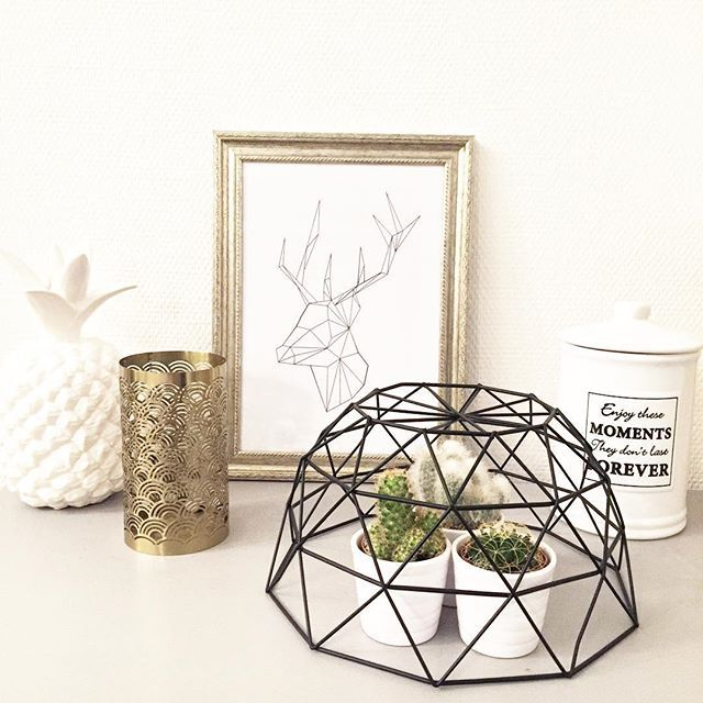 cadre inspi scandinave cadre achet chez a c t i o n origami t te de cerf imprim. Black Bedroom Furniture Sets. Home Design Ideas