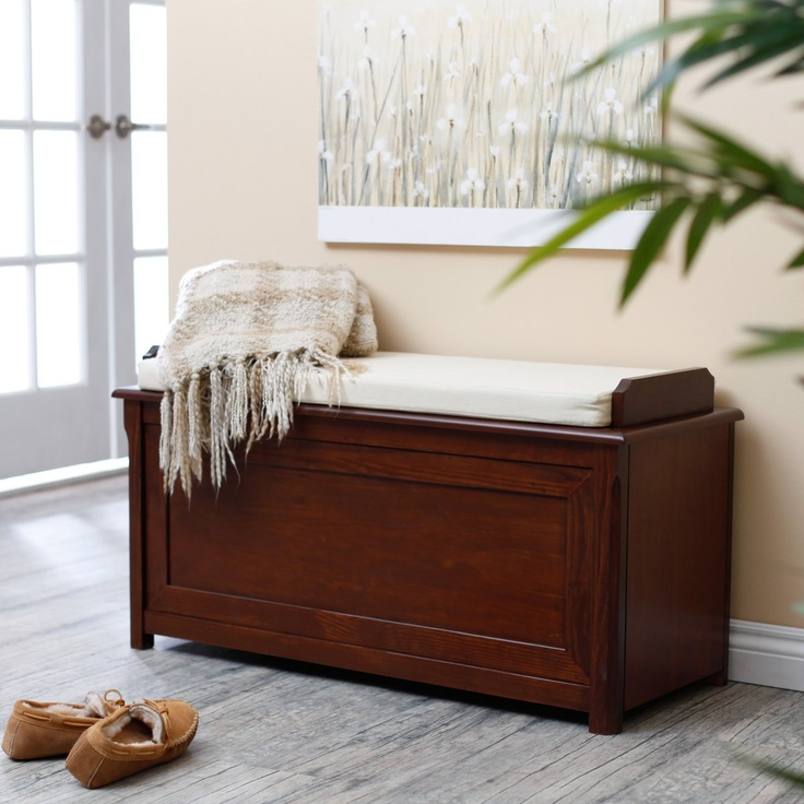 Cedar Chest Mission Bench With Cushion   Cherry
