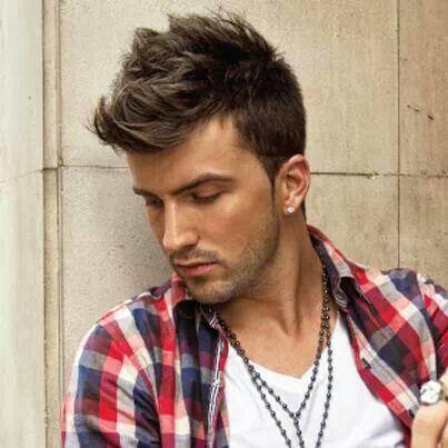 Mens haircut.  http://www.romylos.gr/