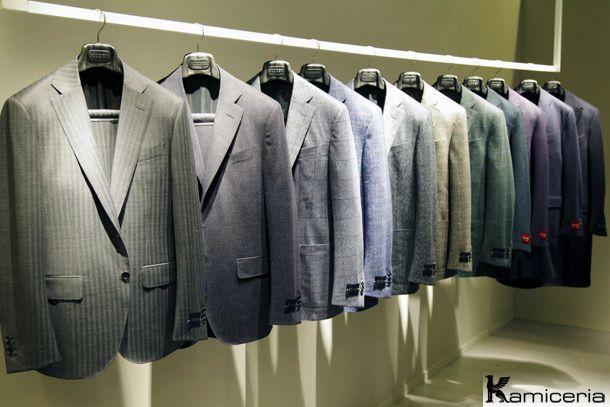AN ELEGANT MAN WEARS A TAILORED SUIT?http://www.kamiceria.com/blog/2013/01/an-elegant-man-wears-a-tailored-suit/#