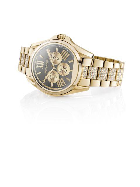 マイケル・コースは2016年秋、スマートウオッチ「マイケル・コース アクセス」を発売し、ウエアラブル・テクノロジー端末市場に参入する。同社と、「マイケル・コース(MICHAEL KORS)」の時計をライセンスで手掛けるフォッシル、それにパー...