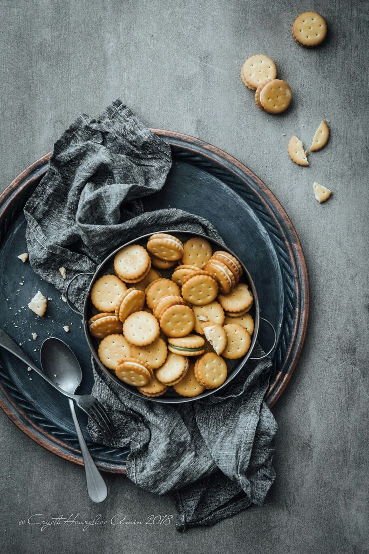 food styling but not so much ritz crackers😝