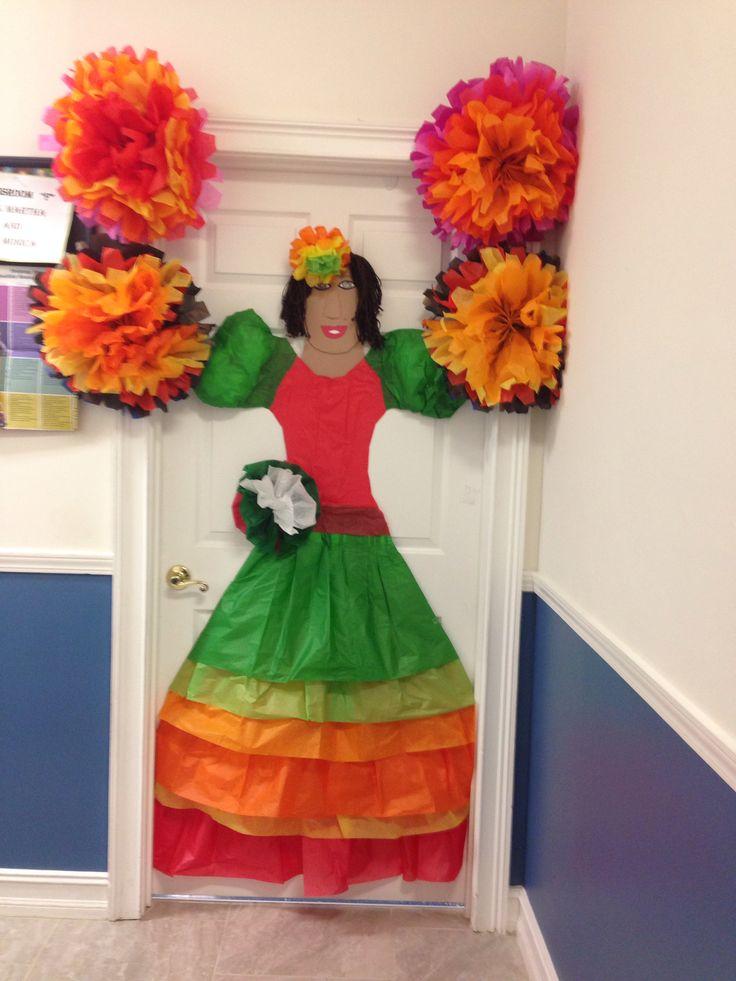 Tissue paper mexican door decoration spanish club crafts for Mexican decorations for the home