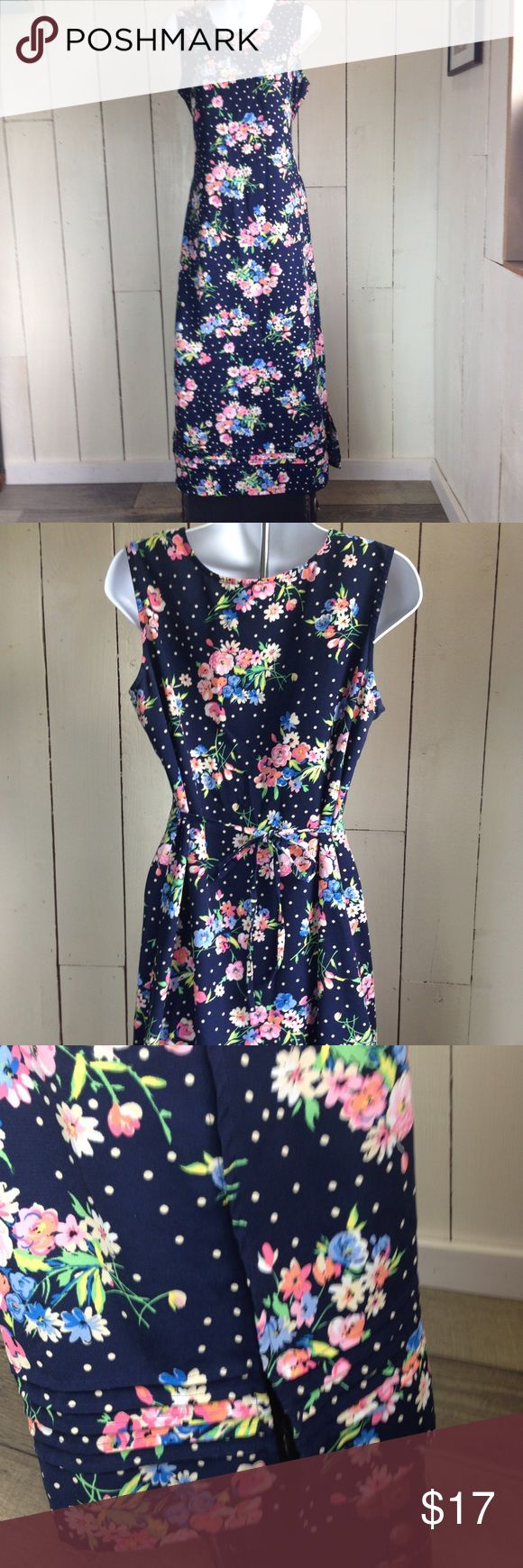Polka Dot Sag Harbor Petites Dress Darling tea length dress with side split and pleated hem. Gently Worn. Easy Care - Machine Wash, Hang Dry. The sweater is not included but listed separately. I love the way the sweater compliments the dress and often wore them together. Please let me know if I can answer any questions for you. Sag Harbor Dresses Midi