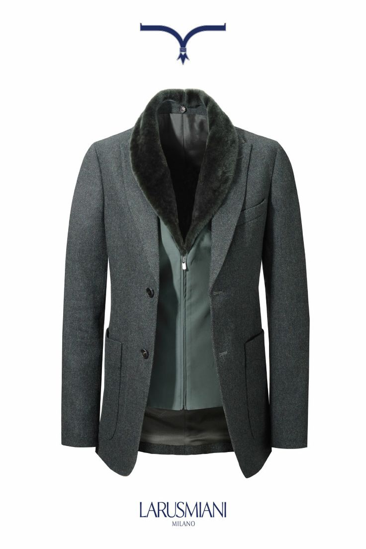 Jacket with shearling collar  #musthave #luxuryclothing #milan #viamontenapoleone #italianstyle www.larusmiani.it