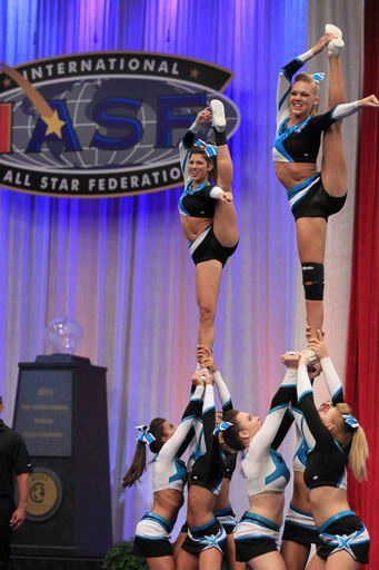 Maddie Gardner, cheer, competition, stunt,  cheerleading, cheerleader moved from Kythoni's Cheer Extreme & F5 Maryland Twisters: Maddie Gardner, Erica Englebert | Kelcie Burch, Maison Baker board http://www.pinterest.com/kythoni/cheer-extreme-f5-maryland-twisters-maddie-gardner-/ m.24.4 #KyFun kcwftp