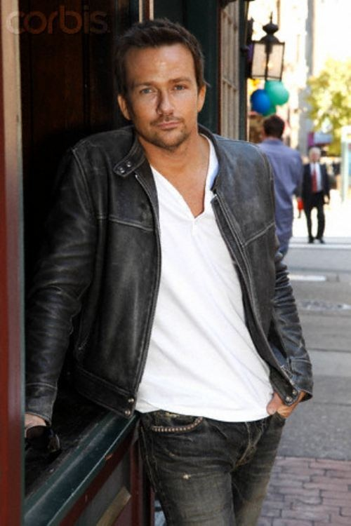 Sean Patrick Flanery. One of the most beautiful men EVER.