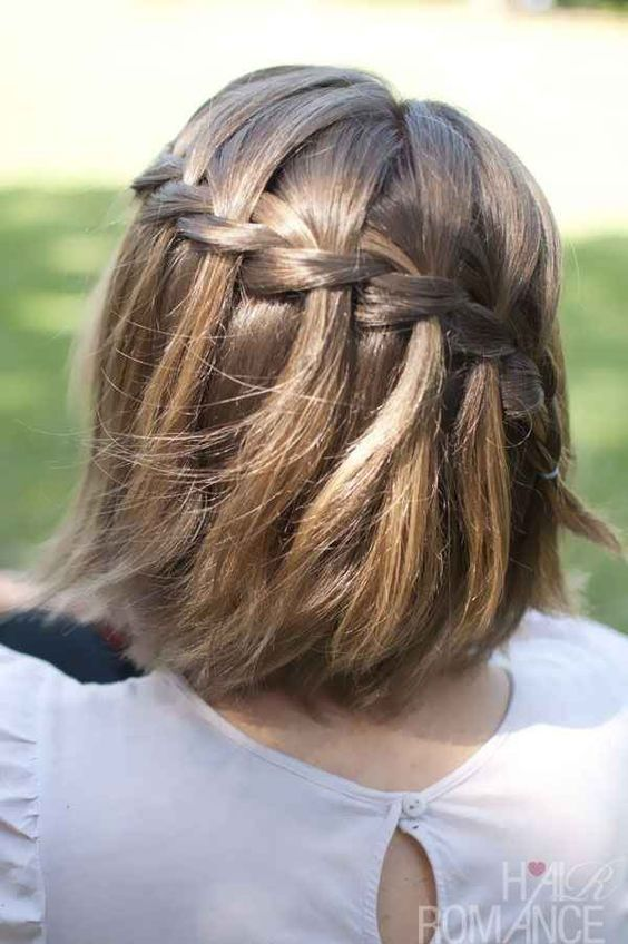 Waterfall braid tutorial. Great to dress up a short bob. Note as a bridesmaid hairstyle