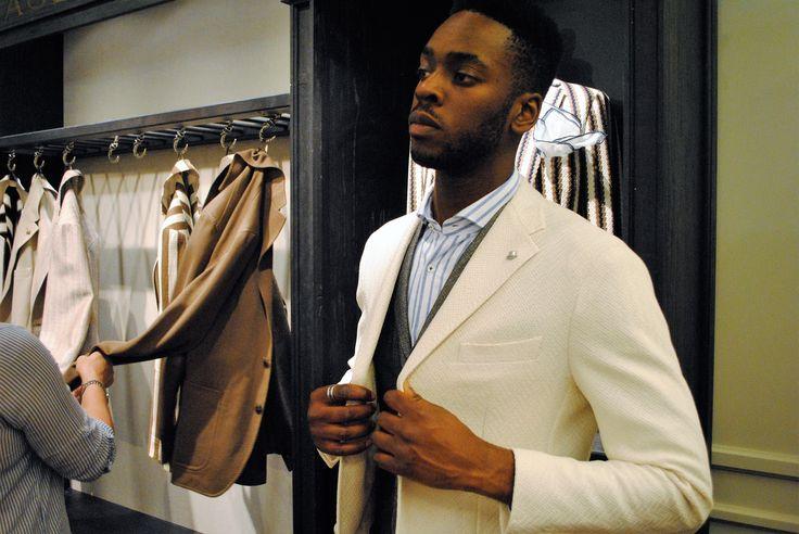 #rionefontana #Pitti92 #pittiimmagine #Pitti #Uomo #boompittiblooms #Firenze #Whats #new #fashionman #styleman #sartorial #madeinItaly #Tagliatore #jacket #giacca #blazer #shopping #shop #online #store