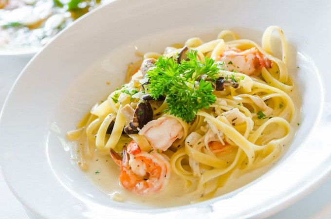 Creveți în sos Alfredo | Retete culinare - Romanesti si din Bucataria internationala