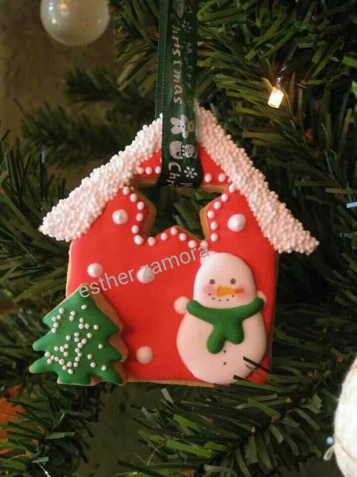 Delightful Gingerbread House Cookie Ornament - or just for the Cookie Tray. Repinned by www.mygrowingtraditions.com