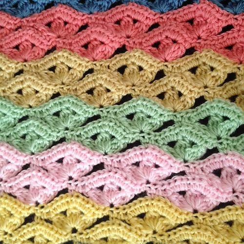 Irish Wave Baby Afghan Or Scarf By Elizabeth Mareno - Free Crochet Pattern - (ravelry)