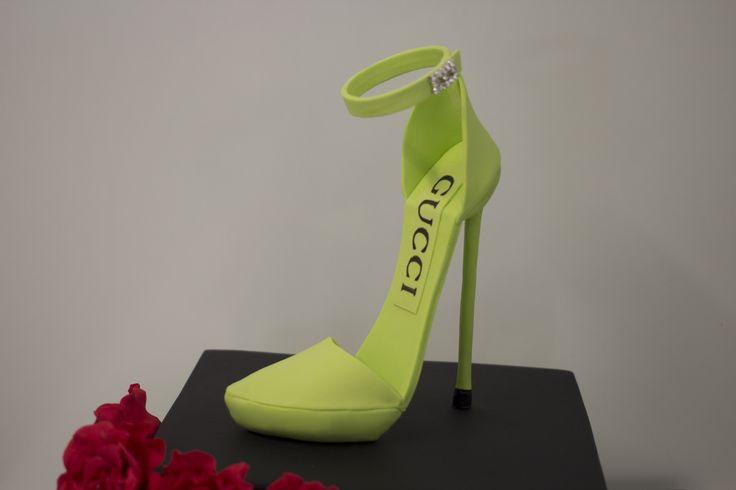 Green Gucci Stiletto Sugar Heel For all inquiries please email info@clarescakes.com.au