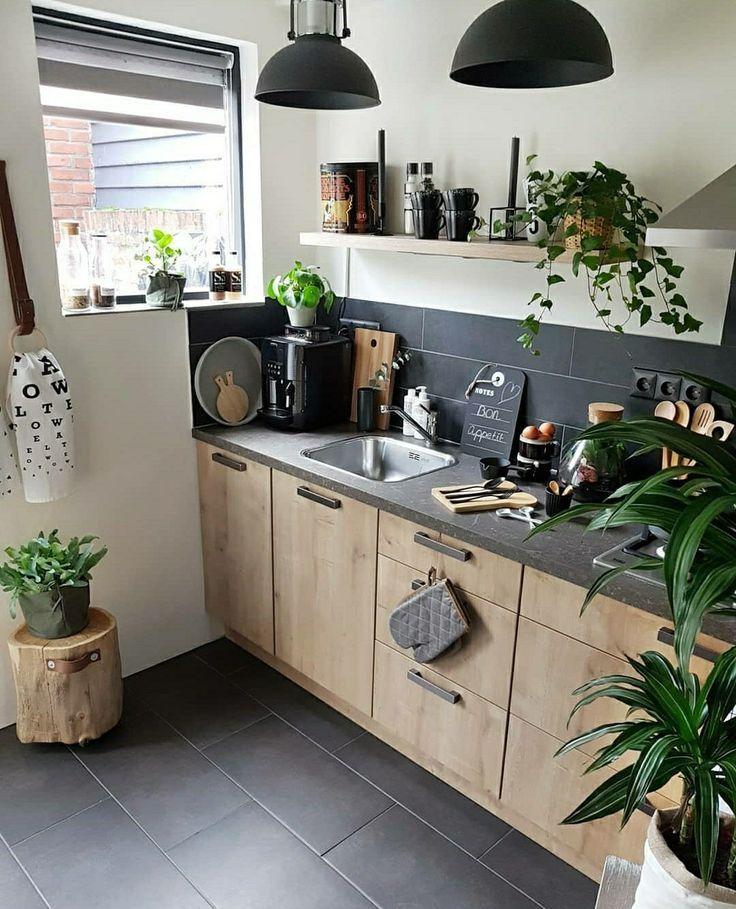 Die Küche von heute – graphitfarbene Wände und A…