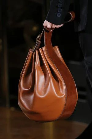 """bag Spring/Summer 2016"" https://sumally.com/p/1856138?object_id=ref%3AkwHOAAErhYGhcM4AHFKK%3AS_NH"