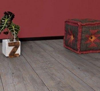 Zelfklevende pvc vloer - geschikt voor badkamer