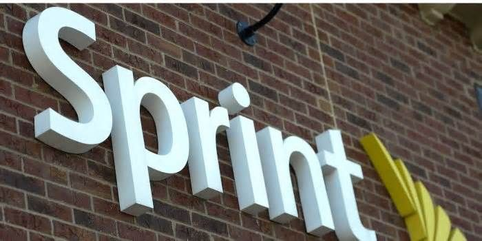 Sprint and T-Mobile Call Off Merger Sprint Corp. and T-Mobile US Inc. officially called off their merger Saturday, ending months of talks about a tie-up that would have united the nation's No. 3 and No. 4 wireless carriers. The decision came after Sprint Chairman Masayoshi Son, Sprint CEO ...