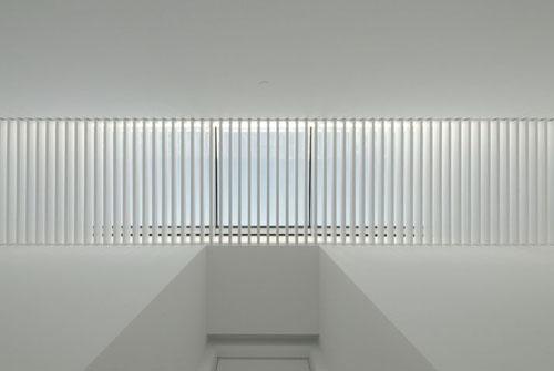 120 best white gloss sleek med images on pinterest for Space 120 architects