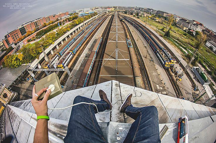 The daredevil photographer who scales radio poles and monuments to take breath-taking shots of Budapest