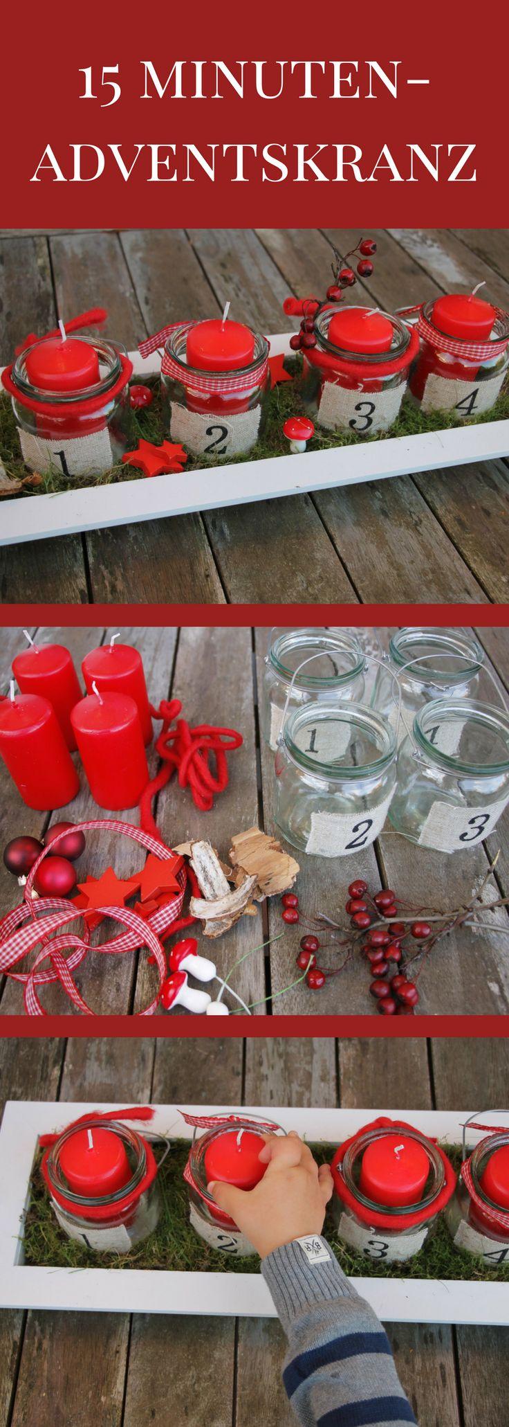 Adventskranz selber machen: Nicht jeder hat Zeit zum Adventskranz basteln. Wem dennoch ein selbstgebastelter Adventskranz wichtig ist, für den ist ein schneller Adventskranz ideal. Für diesen Adventskranz mit Moos braucht man keine 15 Minuten. Der Adventskranz mit roten Kerzen kann frei dekoriert werden und eignet sich auch als Weihnachtsgesteck.