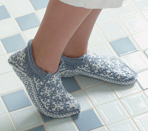 Snowflake Slippers pattern by Laura Farson Twined knitting
