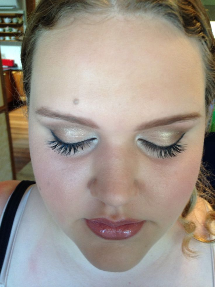 School Formal Makeup by Suzie www.aneyeforstyle.com.au
