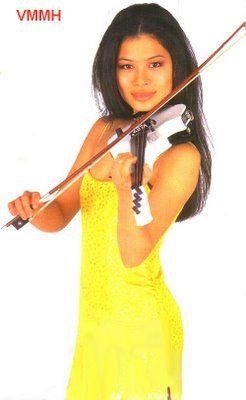 FORTUNEWEBSITE: Mozart v sukni - Vanessa Mae ze Singapuru i Londýn...