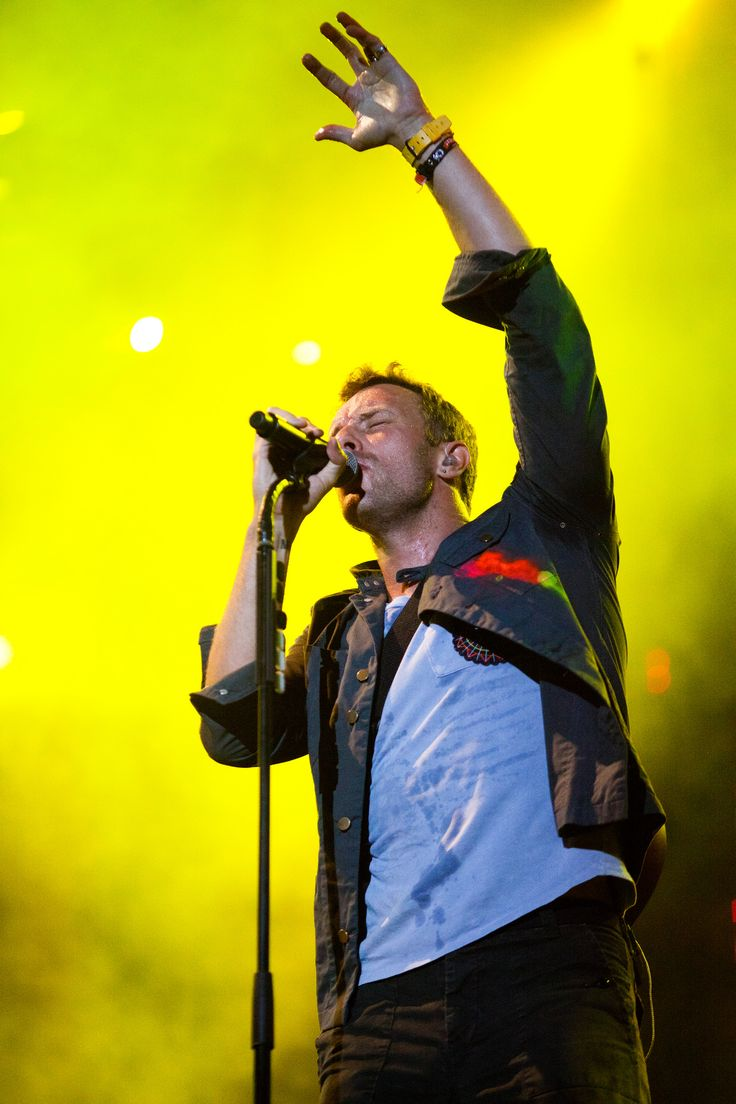 Gwyneth Paltrow, Chris Martin divorce: Who is the Coldplay singer dating now? - http://www.gackhollywood.com/2016/11/gwyneth-paltrow-chris-martin-divorce-coldplay-singer-dating-now/