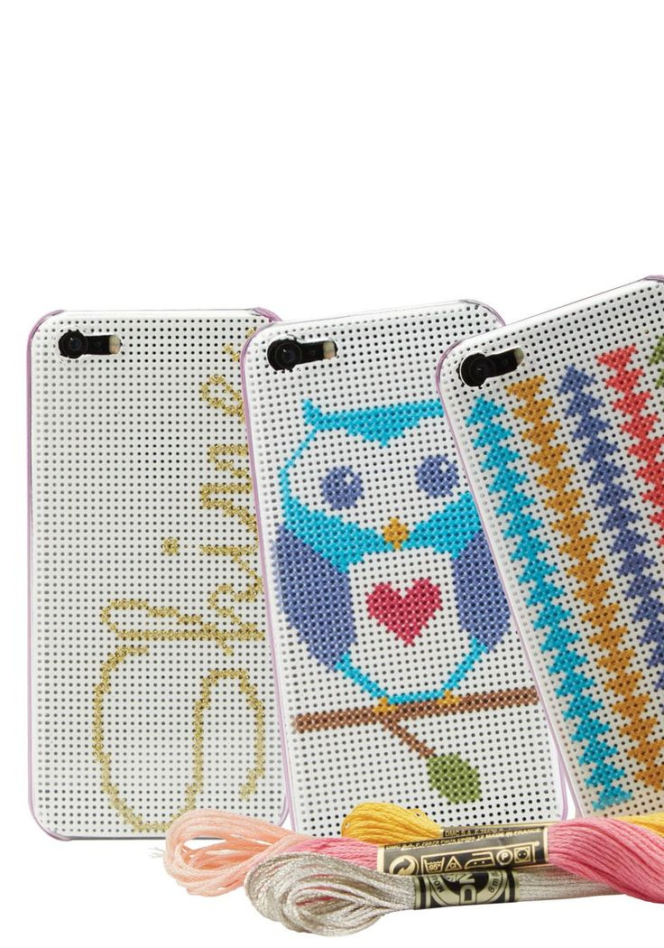 Make your own DIY phone case with this quick and easy cross-stitch tutorial. | upcycle | weekend DIY