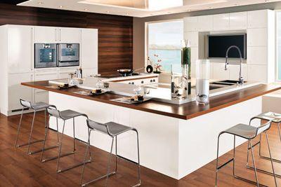 Une cuisine avec îlot central - CôtéMaison.fr
