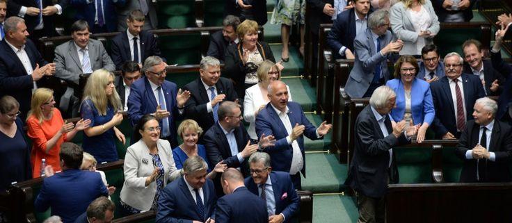 Koniec patologii! Sejm przegłosował nowelizację ustawy o ustroju sądów powszechnych. Projekt poparło 229 posłów___