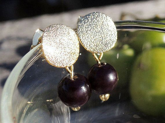 Hey, I found this really awesome Etsy listing at https://www.etsy.com/listing/258398156/dangle-earrings-black-mottled-gold-stud