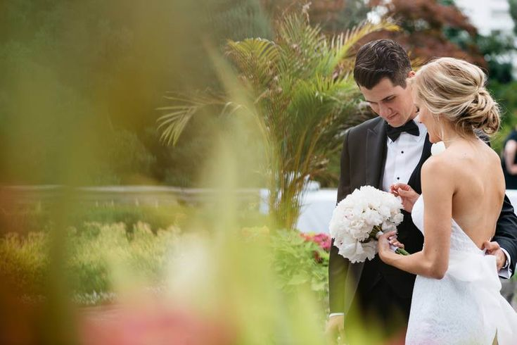 Amanda and James' Elegant Wedding at Graydon Hall Manor