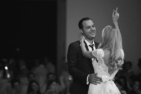 Στην πανέμορφη Ξανθη, στην πόλη με τα χίλια χρώματα έγινε ο stylish vintage γαμος της Αννέτας και του Γιάννη. «Λατρεύω την παλιά εποχή και το vintage styl