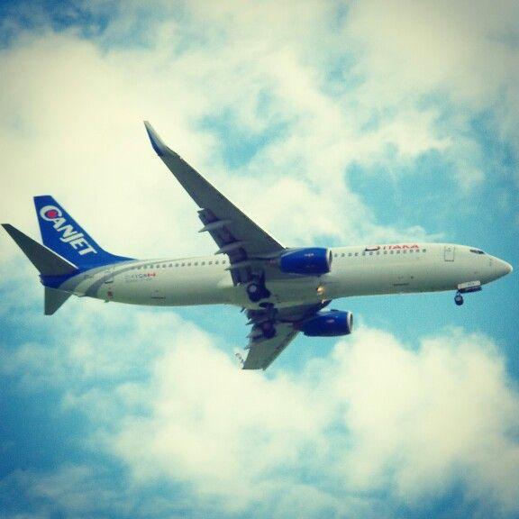 #canjet #boeing #B738 #spotting #planespotting #plane #wrocław #wroclaw #samolot #poland #polska