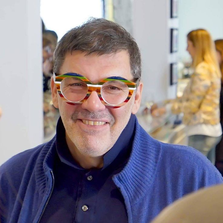 Thanassis Lalas in his extraordinary ULTRA LIMITED. #lalas #art #artist #nyc #athens #kolonaki #exhibition #i-dconceptstores #stylizeyoureyez #stylish #plusoneframes #greece #italy #handcrafted #handmade #frames