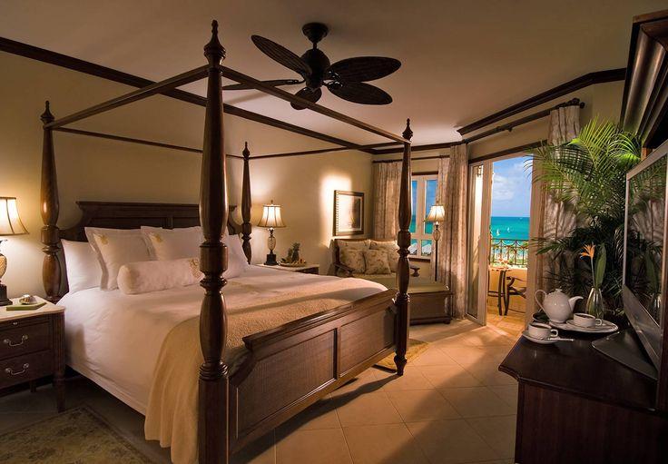Mediterranean Honeymoon Oceanview Club Level Suite