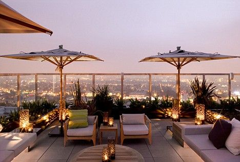 ROOFTOP TERRACE, love it., wanne re decorate my own rooftop now!