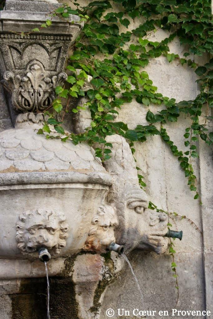 Les 25 meilleures idées concernant saint rémy de provence sur ...