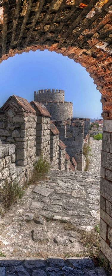 The City Walls of İstanbul, Turkey (Photographer: Michael Morris)