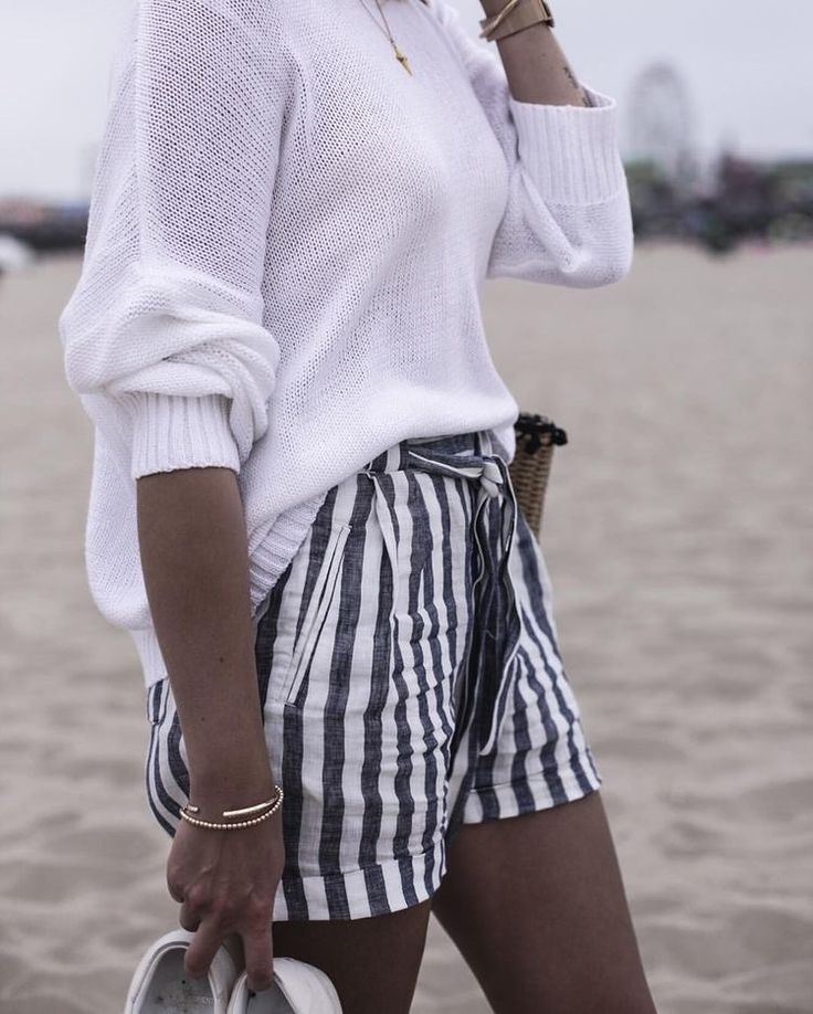 Blue and white striped shorts, white sweater, bracelet, simple necklace, summer outfit, beach outfit