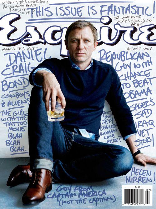 Daniel Craig looking gorgeous