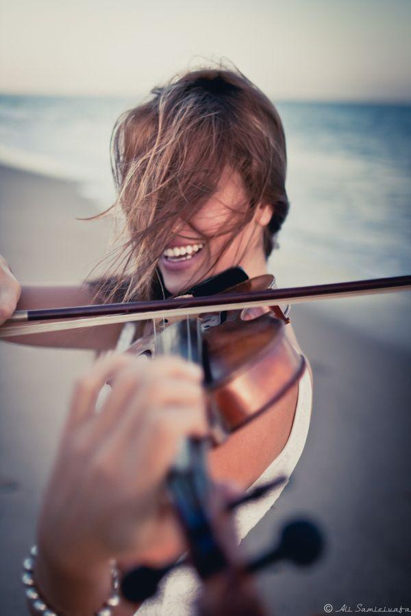 """""""Violinist"""" by Ali Samieivafa"""