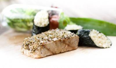 Gegrillter Thunfisch mit Limettenrisotto im Norialgen Mantel