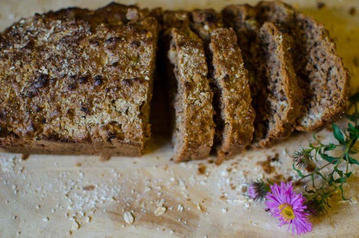 Rhubarb Bread (Rebarborový chléb)
